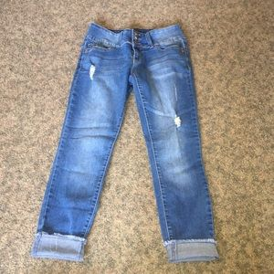 Women's jeans cropped length